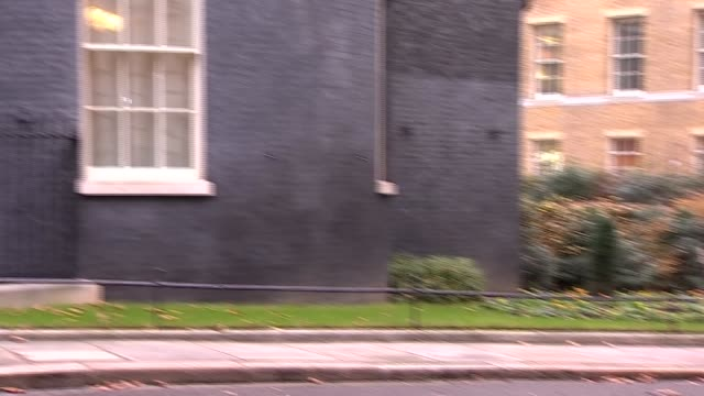 downing street cabinet arrivals england london downing street liam fox mp arrival / david mundell mp arrival / james brokenshire mp arrival / david... - damian hinds stock videos and b-roll footage