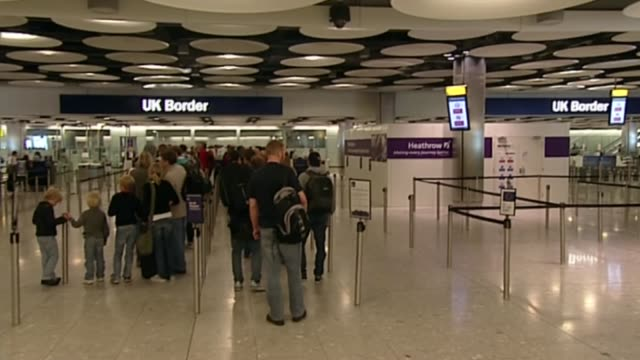 Downing Street insists free movement of EU citizens ends in March 2019 R14061001 / 1462010 Heathrow Airport People queueing at UK Borrder immigration...