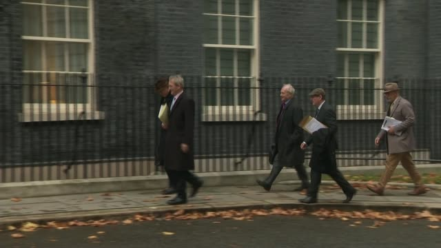 vote against budget amendment over draft deal as conservative leadership challenge fails; uk, london, westminster; iain duncan smith mp , owen... - dup stock-videos und b-roll-filmmaterial