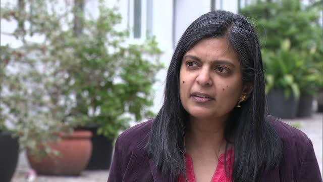 ambassadors give 'green light' to post-brexit trade deal; england: london: ext rupa huq mp interview with reporter sot - traffic light stock videos & royalty-free footage