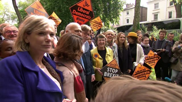 brexit / european elections: guy verhofstadt campaigns with liberal democrats in camden; england: london: camden: ext guy verhofstadt mep and sir... - british liberal democratic party stock videos & royalty-free footage