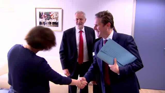 Jeremy Corbyn meets Michel Barnier BELGIUM Brussels European Commission PHOTOGRAPHY** Jeremy Corbyn MP towards with Michel Barnier Diane Abbott MP...