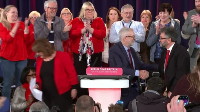 Jeremy Corbyn refuses to take part in crossparty Brexit talks ENGLAND Sussex Hastings INT Jeremy Corbyn MP to podium Jeremy Corbyn MP speech SOT...