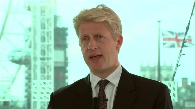 vidéos et rushes de jo johnson speech; england: london: lambeth: southbank centre: int jo johnson mp speech sot - lambeth