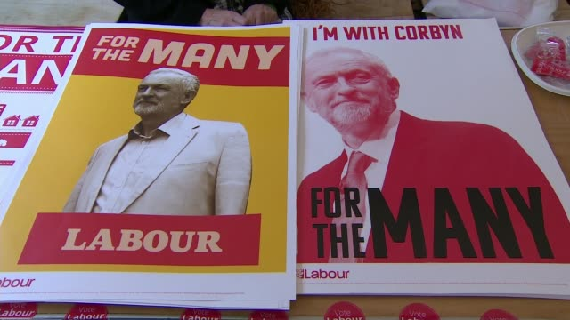 labour would keep britain inside single market and customs union for transitional period scotland edinburgh int general views corbyn merchandise on... - fringe stock videos and b-roll footage