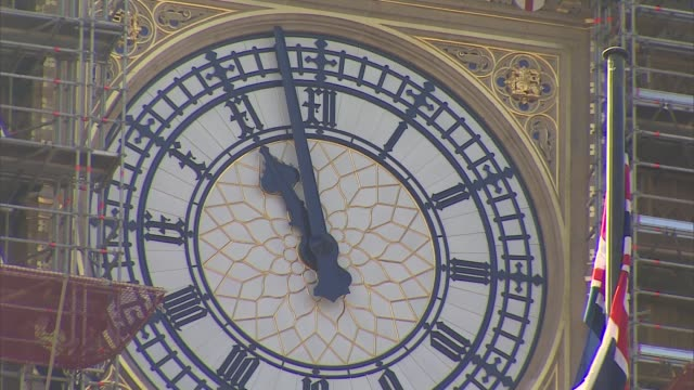 meaningful vote 3 westminster lunch gvs england london westminster ext big ben clock face ticking to and past 11am - clock stock videos & royalty-free footage