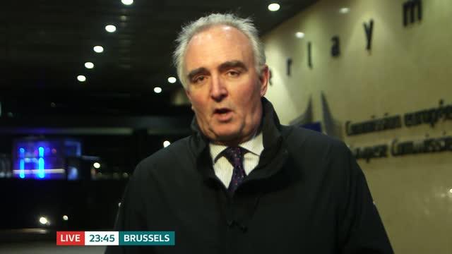 stockvideo's en b-roll-footage met no new deadline set for brexit talks; belgium: brussels: ext james mates live to camera sot - politics