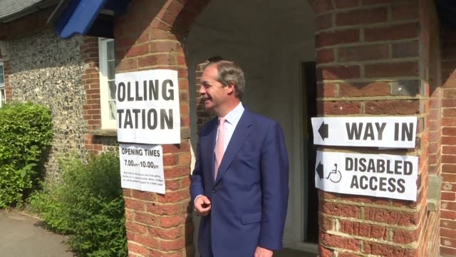 brexit party leader nigel farage casts his vote for european elections in london - nigel farage stock-videos und b-roll-filmmaterial