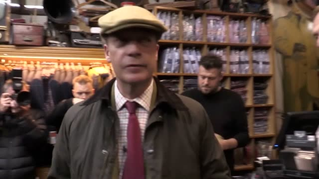brexit party leader nigel farage visits suttoninashfield nottinghamshire where he met ate fish and chips visited local shops and shared a pint with... - pint glass stock videos & royalty-free footage