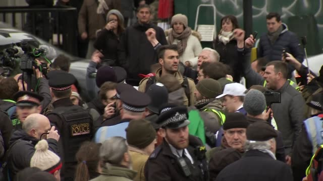 pro-brexit protester james goddard arrested / chris grayling claims blocking brexit could fuel right-wing extremism; england: london: ext group of... - channel 4 news stock-videos und b-roll-filmmaterial