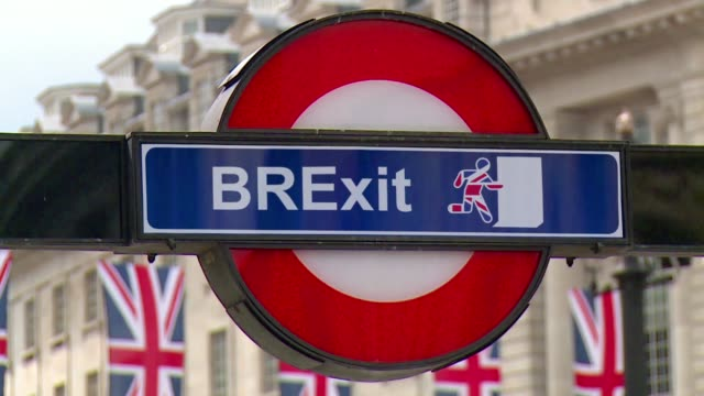 brexit sign - brexit stock videos & royalty-free footage