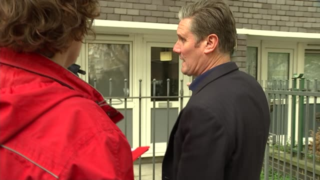 sir keir starmer suggests that second referendum could be included in brexit legislation to break deadlock; england: london: islington: ext sir keir... - letterbox stock-videos und b-roll-filmmaterial