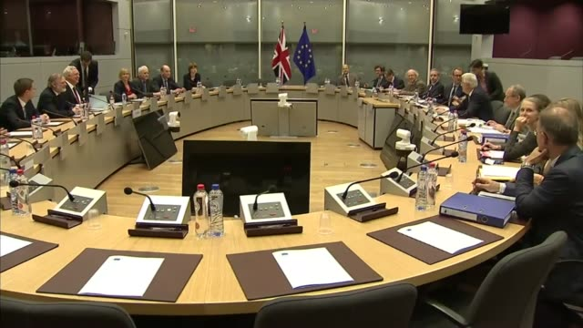 talks stall over divorce bill and citizens' rights belgium brussels european commission int michel barnier seated at meeting with team wide shots... - europäische kommission stock-videos und b-roll-filmmaterial