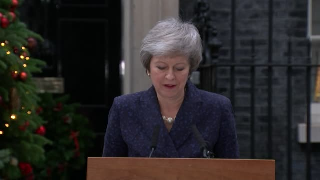 theresa may awaits result of no confidence vote england london downing street photography** theresa may mp press conference outside number 10 sot sir... - theresa may stock videos & royalty-free footage
