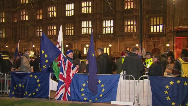 Theresa May no confidence vote what next ENGLAND London Westminster Various of ProBrexit and AntiBrexit protesters outside parliament ENGLAND...