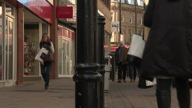 theresa may proposes stronger towns fund to help areas hit by austerity england south yorkshire barnsley ext general view queen street covered arcade... - south yorkshire stock videos and b-roll footage