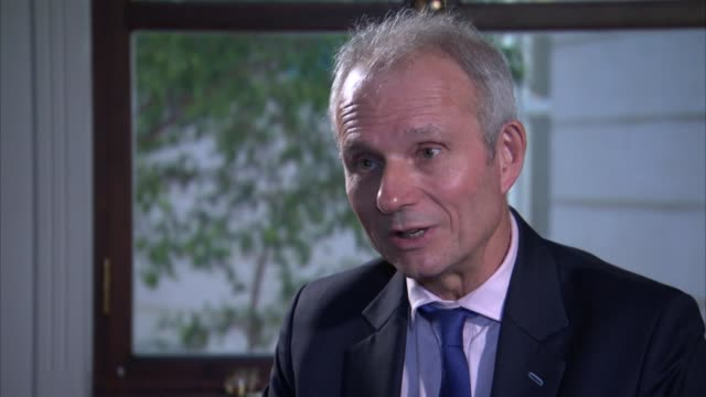 Theresa May tours regions to promote Brexit deal ENGLAND London Westminster INT David Lidington MP interview SOT