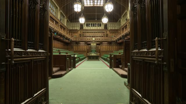 stockvideo's en b-roll-footage met theresa may urges backbenchers to vote for brady amendment to withdrawal agreement uk london westminster house of commons / damian hinds mp interview... - house of commons