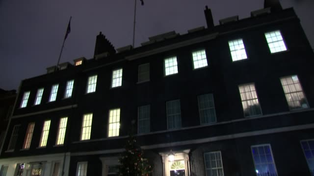 Warnings from regional political leaders on possible Northern Ireland special deal ENGLAND London Low angle view Downing Street with lights in...
