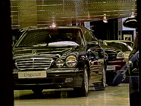 vídeos y material grabado en eventos de stock de brian blackwell jailed for life for murder of his parents england merseyside gvs mercedes cars on display in car showroom - sala de muestras