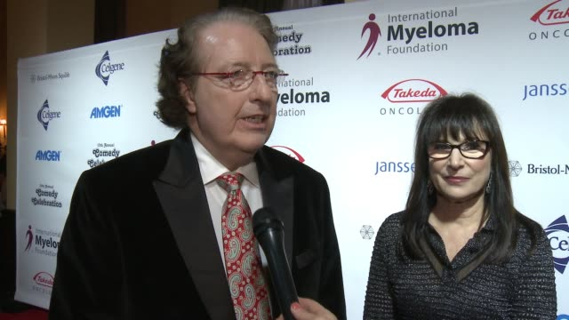 brian durie, susie novis on the event at international myeloma foundation's 10th annual comedy celebration benefiting the peter boyle research fund &... - peter boyle stock videos & royalty-free footage
