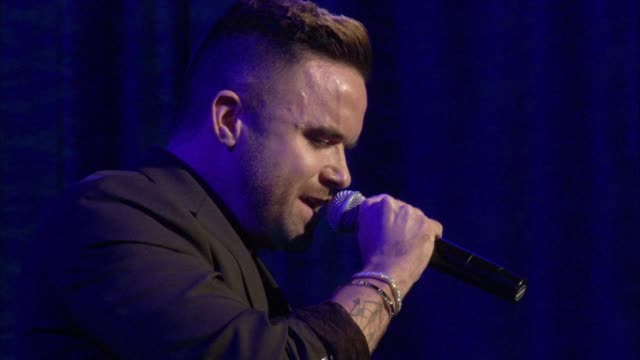 stockvideo's en b-roll-footage met performance brian justin crum at the los angeles lgbt center's 47th anniversary gala vanguard awards at pacific design center on september 24 2016 in... - anniversary gala vanguard awards