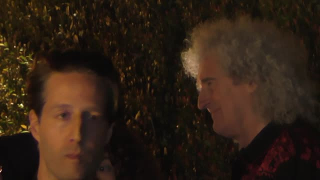 vidéos et rushes de brian may leaves the wme pre-oscar party in los angeles at celebrity sightings in los angeles on february 22, 2019 in los angeles, california. - oscar party