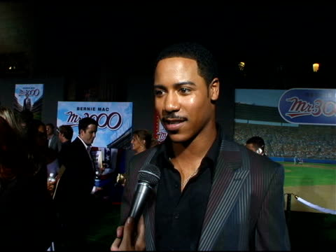 brian white on acting versus sport and bernie mac at the 'mr 3000' los angeles premiere arrivals at the el kapitan theater in hollywood, california... - バーニー マック点の映像素材/bロール