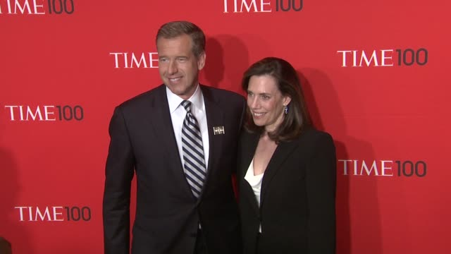 vídeos de stock, filmes e b-roll de brian williams and guest at the time 100 gala time's 100 most influential people in the world at new york ny - evento anual