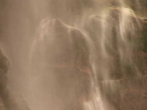 cu bridal veil falls, valley floor, yosemite national park, california, usa - bridal veil falls yosemite stock videos & royalty-free footage