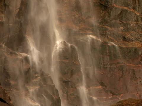 cu, tu bridal veil falls, valley floor, yosemite national park, california, usa - bridal veil falls yosemite stock videos & royalty-free footage