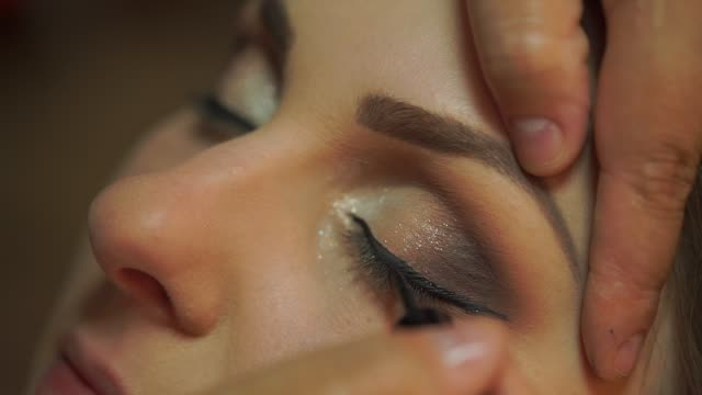 bride being made up for her wedding - eyeshadow stock videos & royalty-free footage