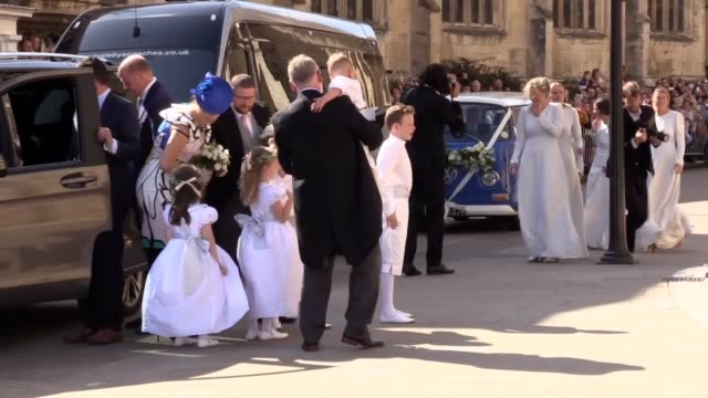 bride ellie goulding and her bridesmaids arrive at york minster for her wedding to caspar jopling mr jopling is an art dealer who was educated at... - camper van stock videos & royalty-free footage