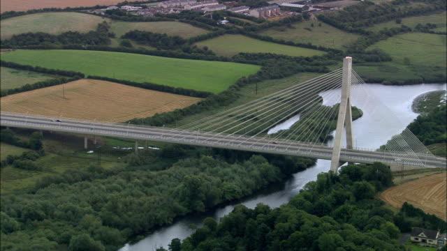 Ponte sul fiume Boyne-Vista aerea-Irlanda