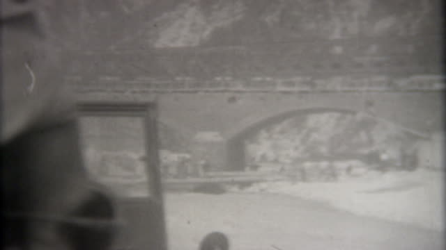 stockvideo's en b-roll-footage met bridge world war ii 1945 - tweede wereldoorlog