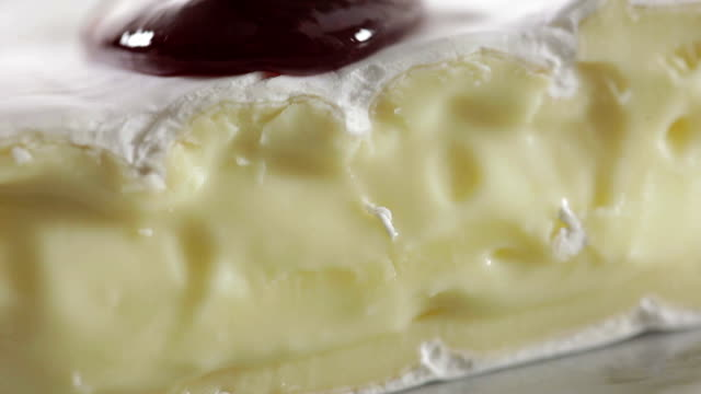 Brie Cheese with Raspberry sauce
