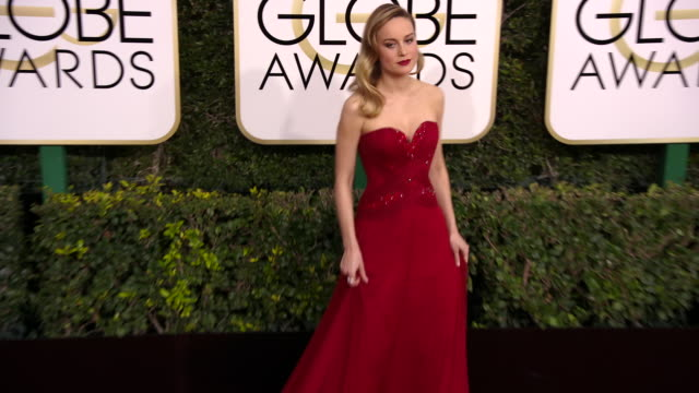 brie larson at 74th annual golden globe awards arrivals at 74th annual golden globe awards arrivals at the beverly hilton hotel on january 08 2017 in... - brie stock videos & royalty-free footage