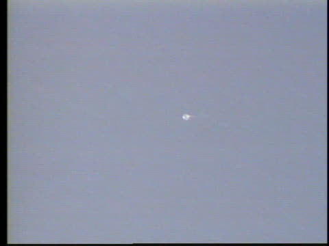 bright light seen over arizona could be a ufo, or it it something else? - ufo stock videos & royalty-free footage