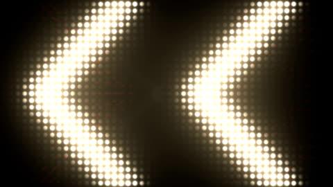 vídeos y material grabado en eventos de stock de brillantes luces de fondo - reflector luz eléctrica