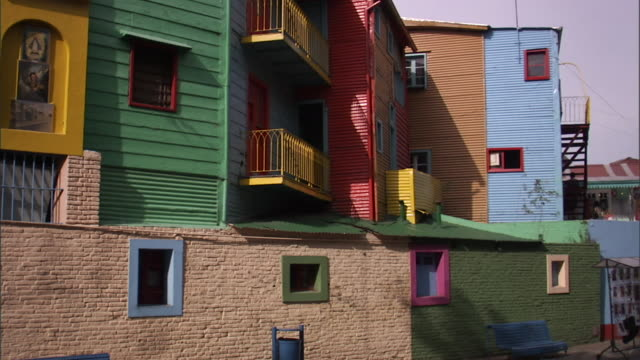 MS TU Brightly colored houses in La Boca neighborhood/ Buenos Aires, Argentina