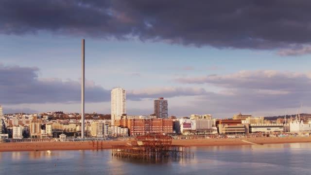 Front de mer de Brighton et de la jetée ouest - prise de vue aérienne