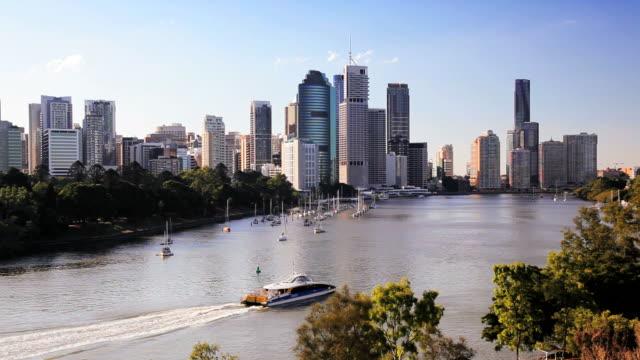 brisbane river and city skyline, queensland, australia, southern hemisphere - southern hemisphere stock videos & royalty-free footage