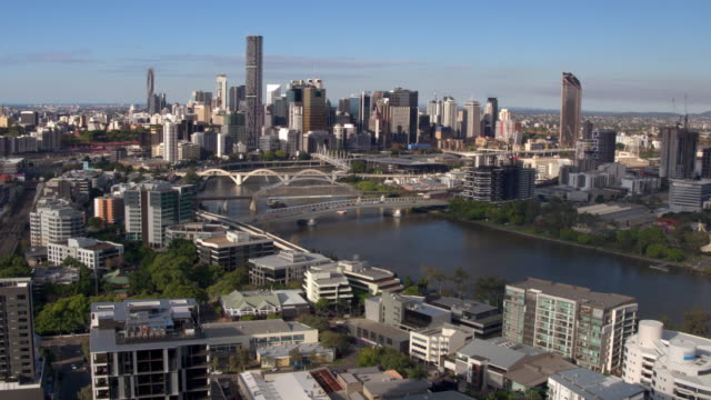 brisbane river, brisbane city, queensland, australia - drone stock videos & royalty-free footage