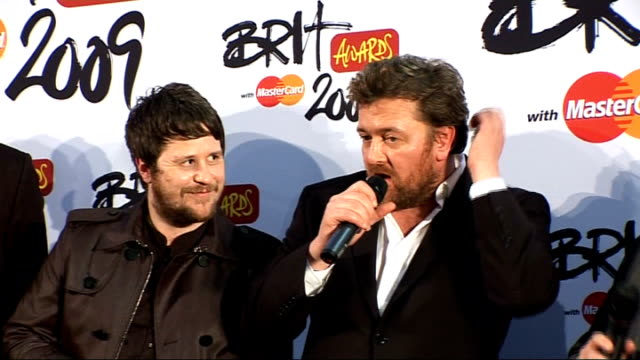 interviews elbow backstage press conference sot on winning award of best british group on beating coldplay on winning award being really good on... - popular music tour stock videos and b-roll footage