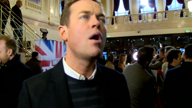 britain's got talent series 9: red carpet interviews; england: london: dominion theatre: int stephen mulhern chatting to people stephen mulhern... - britain's got talent stock-videos und b-roll-filmmaterial
