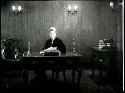 britain's king edward viii sits behind desk - edward viii stock videos & royalty-free footage