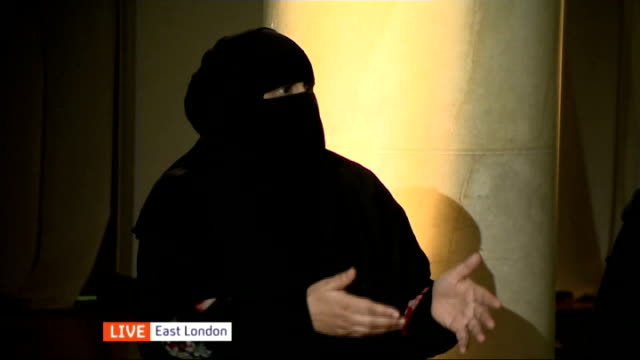 britain's niquab poll results / panel discussion england east london on the wearing of the niqab featuring fatima barkatulla / douglas murray / sahar... - religiöse kleidung stock-videos und b-roll-filmmaterial