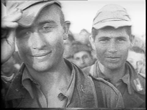 vídeos de stock, filmes e b-roll de british 8th army under general montgomery puts nazi general erwin rommel to flight with devastating artillery attack / african climax / map graphic... - bernard l. montgomery