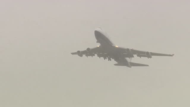 british airways boeing 747 jumbo jet, takes off for the last time from heathrow airport, as the fleet is retired - retirement stock videos & royalty-free footage