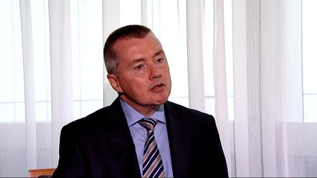 british airways chief defends new boeing 787 dreamliner fleet willie walsh interview england london int willie walsh interview sot - boeing 787 stock videos and b-roll footage